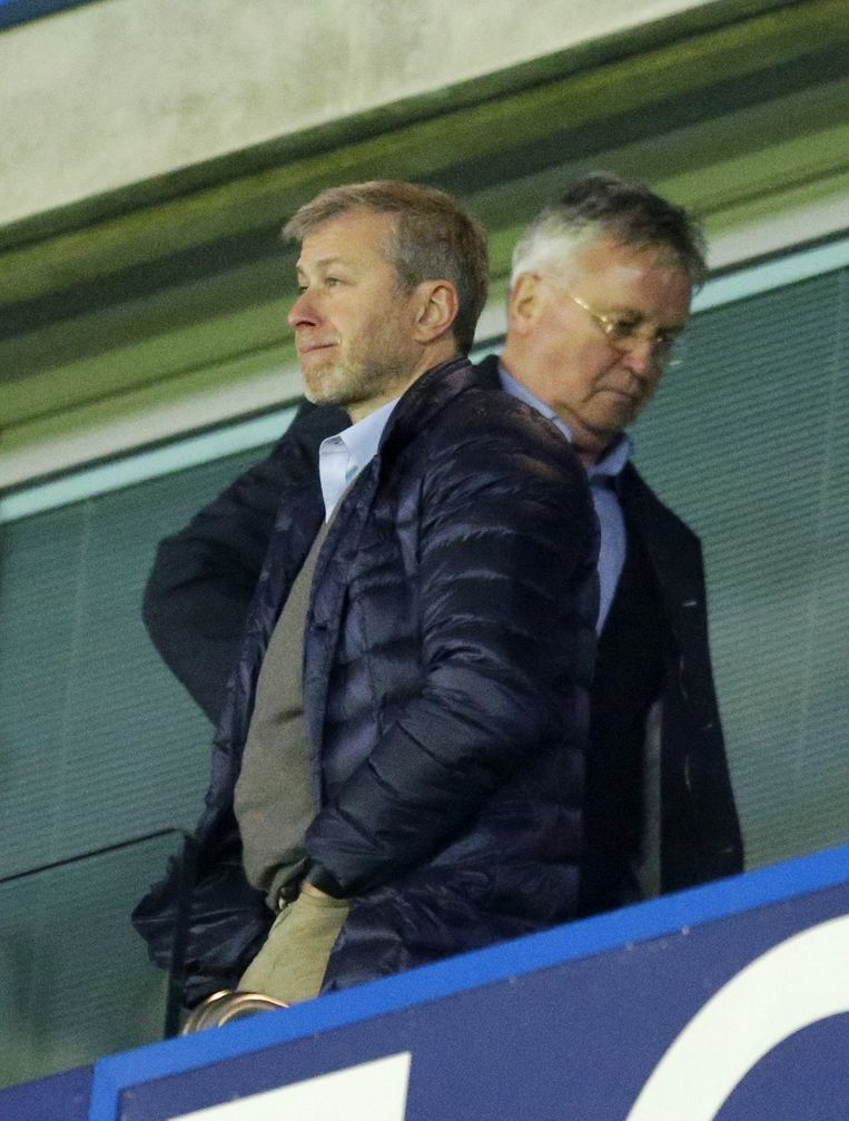 Roman Abramovich en Guus Hiddink. Beeld ap
