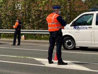Politie en inspectiediensten controleren koeriers en stellen verschillende overtredingen vast