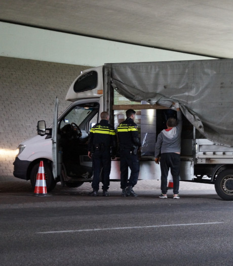 FIOD doet inval bij hoofdkantoor Oostappen Groep, ook grootschalige controle bij camping Droomgaard in Kaatsheuvel
