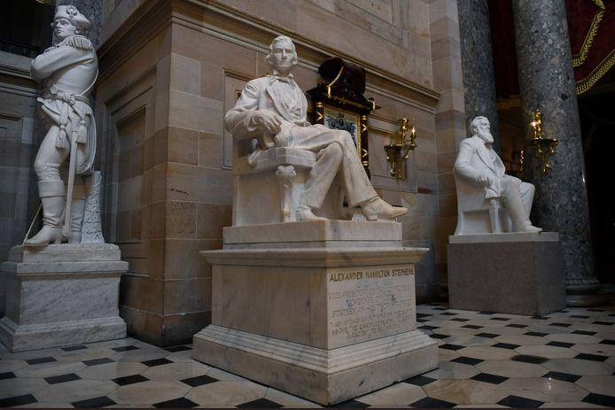 Het omstreden beeld van vicepresident Alexander Hamilton Stephens in het Capitool, vicepresident van de Confederatie.