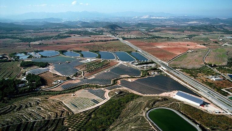 Ecoparque Solar de Bullas in Murcia voor 5 MW. Het nieuwe zonnepark wordt 50 keer zo groot. Beeld