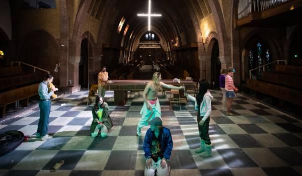 'Zwart Water' is een bloedstollende voorstelling over de Bende van Venlo