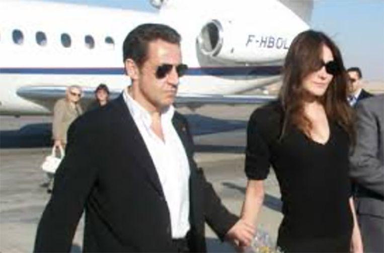 Sarkozy gebruikte ook de Dassault Falcon 50, niet lang voor het werd gebruikt om cocaïne te smokkelen. Beeld REUTERS