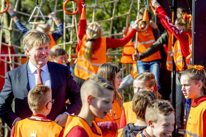 Koning Willem-Alexander tijdens de zevende editie van de Koningsspelen in Lemmer (Friesland).