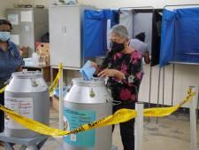 Stembureaus Suriname twee uur langer open wegens 'chaos'