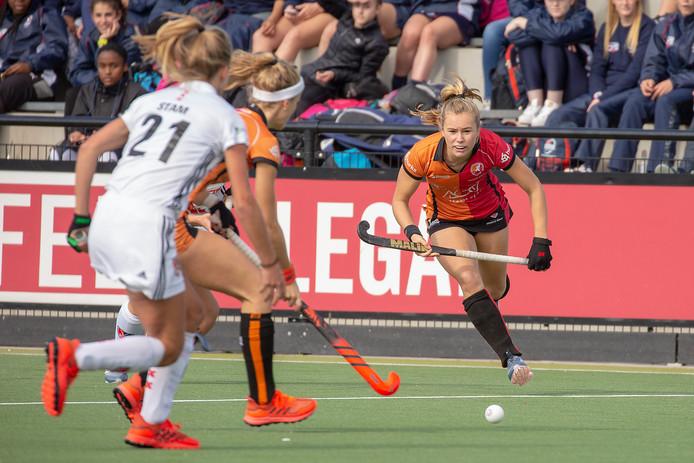 Oranje-Rood tegen Amsterdam.