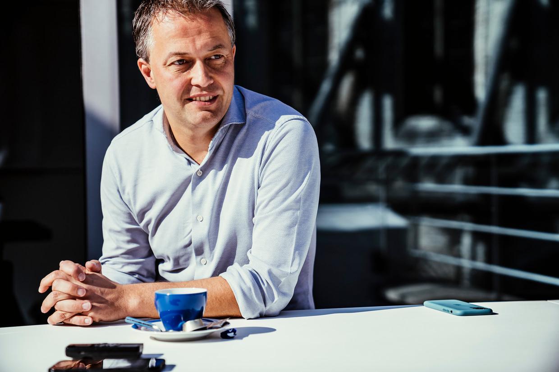 Egbert Lachaert: 'De juiste mensen rekruteren, daar heb ik een neus voor. Ik heb Alexander De Croo ervan overtuigd om in de politiek te stappen.' Beeld © Stefaan Temmerman