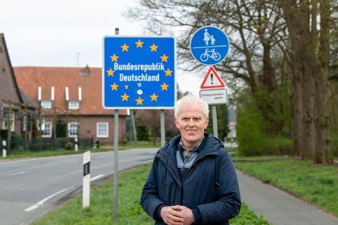 Egbert Kampherbeek woont in Nederland maar werkt aan beide zijden van de Nederlands-Duitse grens.