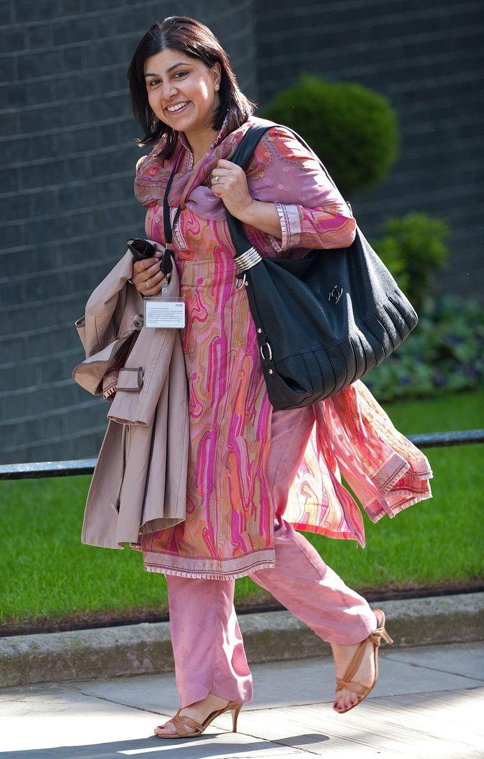 Sayeeda Warsi is de eerste moslimminister van Groot-Brittannië.