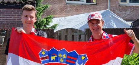 Met petje, sjaal, shirt en vlag juicht JEKA-doelman Ivanek voor Kroatië: 'Voetbal maakt het land gelukkig'