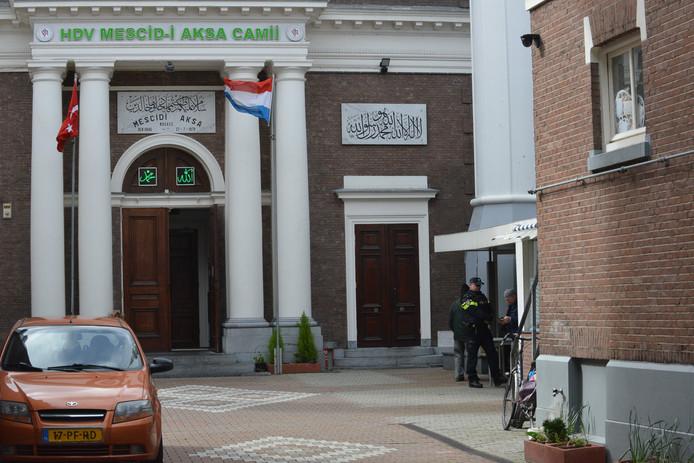 Bij Haagse moskeeën zijn ook extra beveiligingsmaatregelen getroffen.