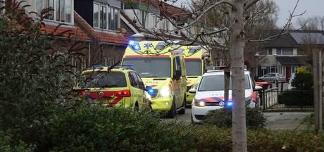 Hulpdiensten rukken massaal uit na ongeluk in Wijhese woning