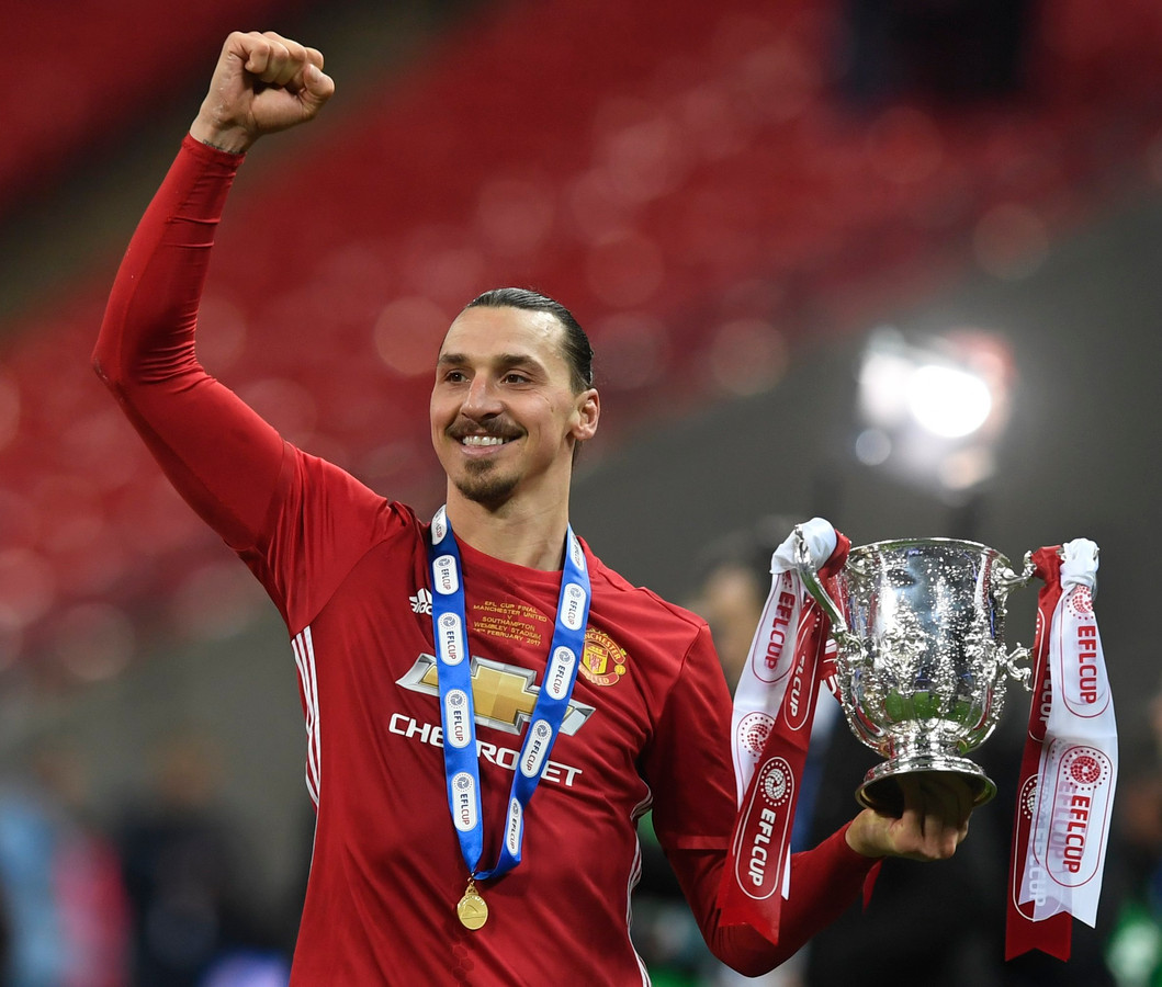 Bij The Red Devils won hij de Europa League en de League Cup.