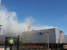 Brandweer heeft brand in Rhenen onder controle, N225 weer open