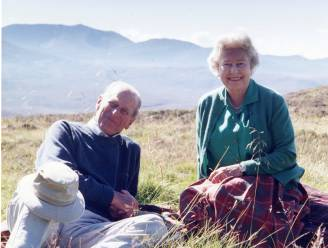 Queen Elizabeth deelt dierbare foto van haar en Philip