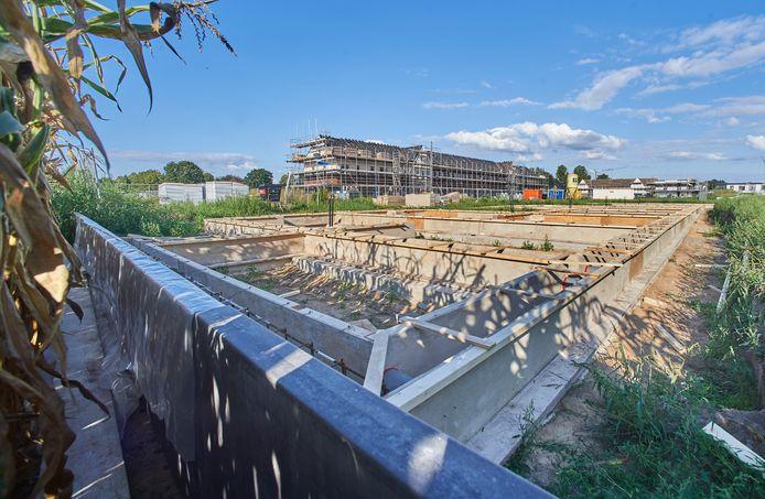 Aan nieuwbouwwijk de Erven in Heesch wordt op dit moment nog volop gebouwd.
