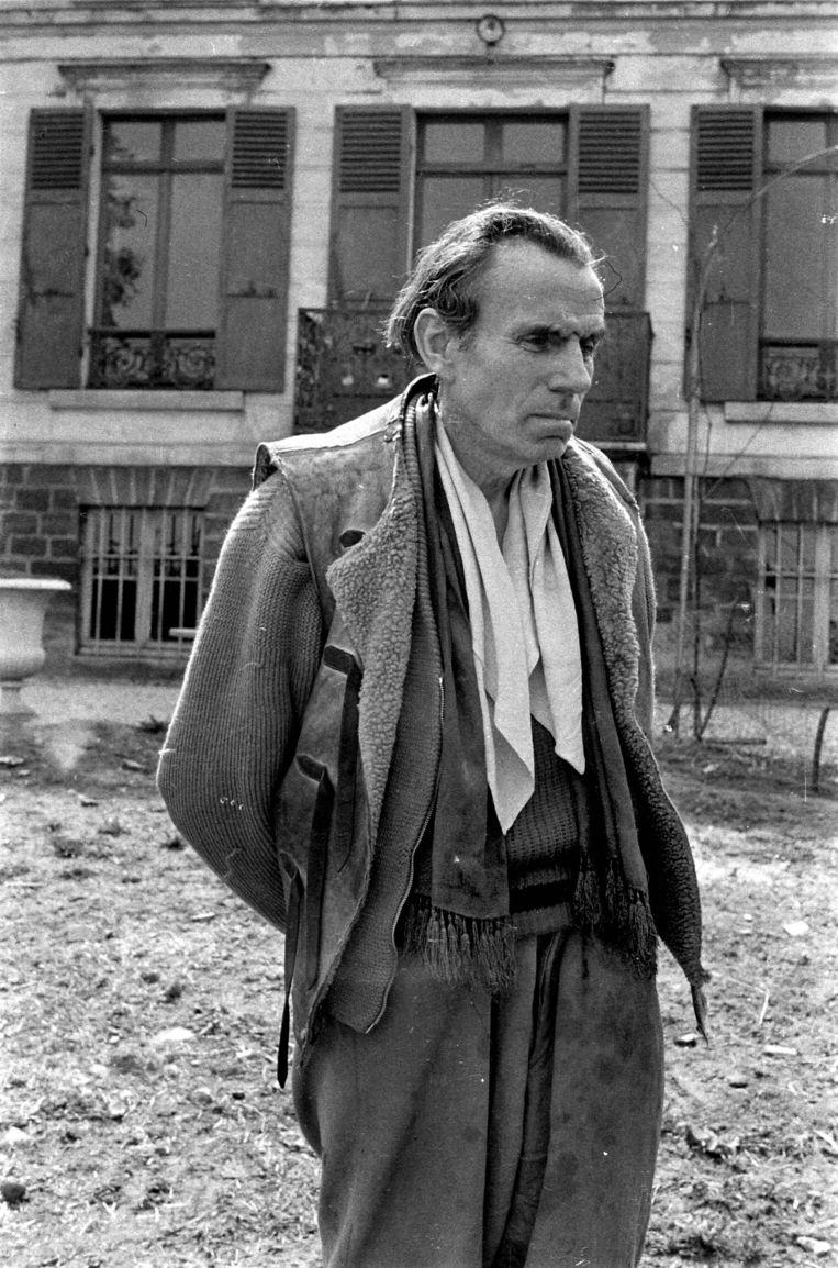 Louis-Ferdinand Céline in 1955.  De schrijver wilde na de oorlog niet dat zijn pamfletten, die dateren van 1937-1941, nog zouden worden uitgegeven. Beeld Roger Viollet/Getty Images