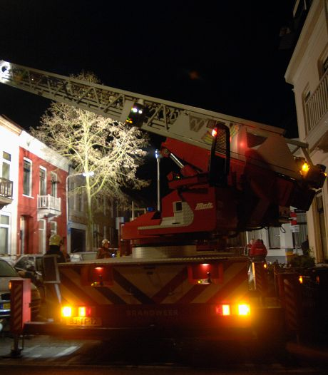 Gestoorde, dakloze junk die fatale brand stichtte  (twee doden, twee gewonden) is na tbs tevreden vuilnisman