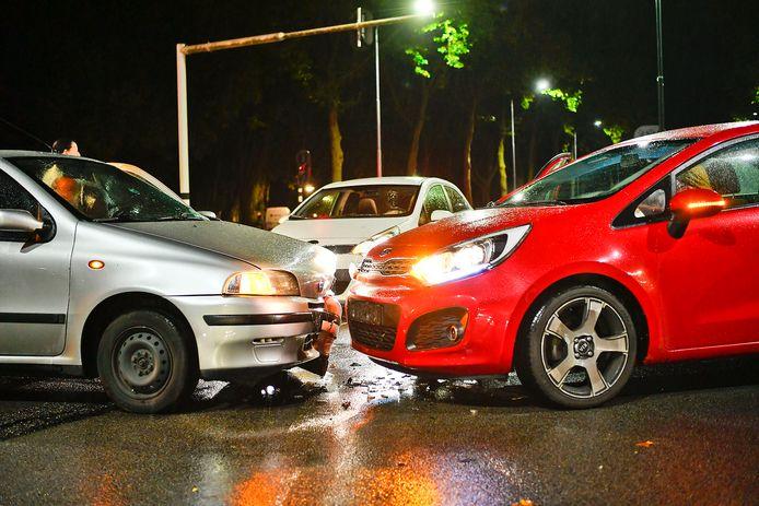 Ongeluk tussen twee auto's in Valkenswaard.