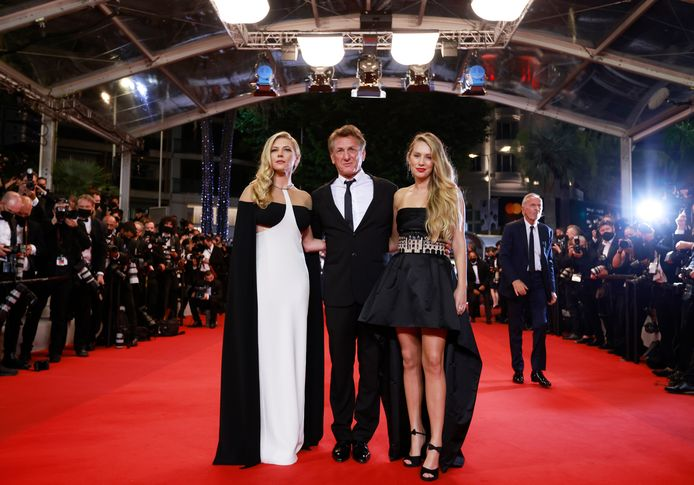 Sean Penn, Dylan Penn et Katheryn Winnick