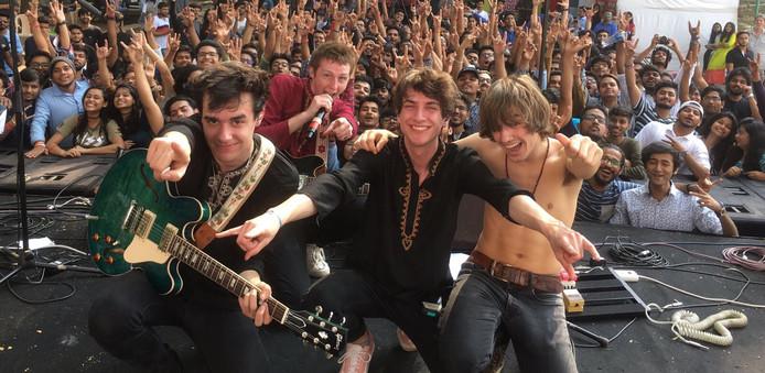 PEER tijdens een optreden in India vorig jaar.