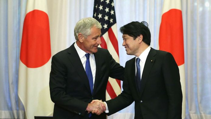 Le secrétaire d'Etat à la Défense Chuck Hagel et son homologue japonais Itsunori Onodera
