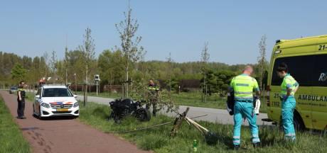 Motorrijder gewond bij valpartij in Sint-Oedenrode: boompje omver gereden tijdens val
