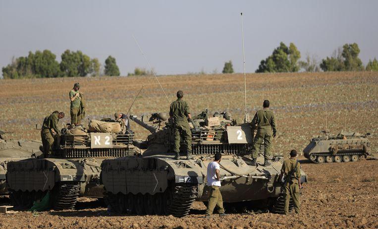Israëlische soldaten bij de grens met Gaza Beeld ap