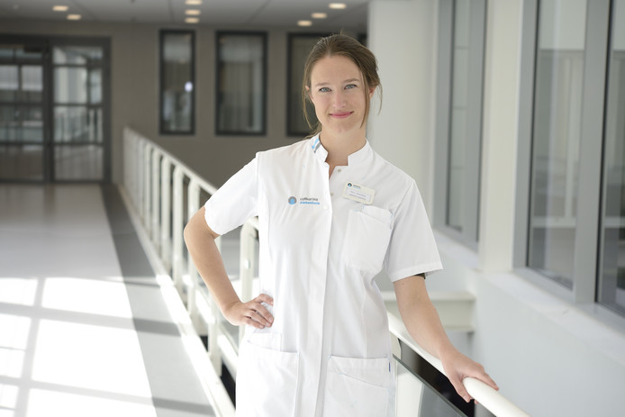 Onderzoeker Lieke Razenberg van het Catharina Ziekenhuis Eindhoven.