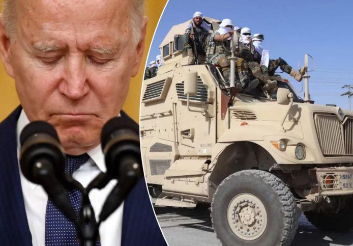 VS-president Joe Biden vorige week tijdens zijn toespraak na de IS-aanslag op de luchthaven van Kaboel. Rechts: De taliban hielden vandaag in Kandahar een defilé met buitgemaakt Amerikaans materieel.