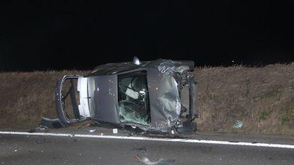 Drie gewonden bij botsing op A19, autosnelweg even volledig versperd en afgesloten