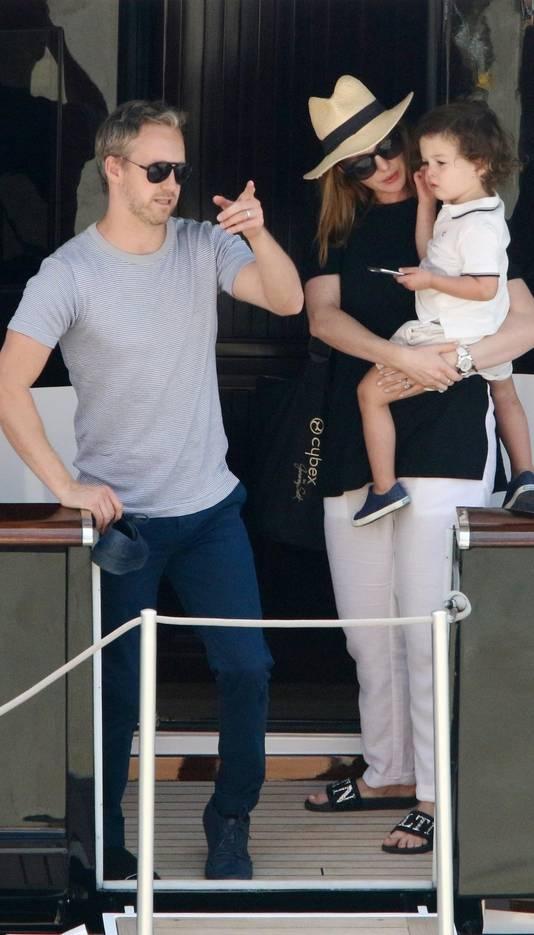 L'actrice avec son mari et son fils