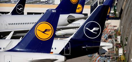 Lufthansa, société mère de Brussels Airlines, divise par deux sa perte nette au deuxième trimestre