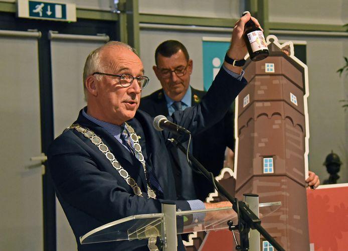 Burgemeester Jan-Frans Mulder op archiefbeeld, tijdens de nieuwjaarsreceptie