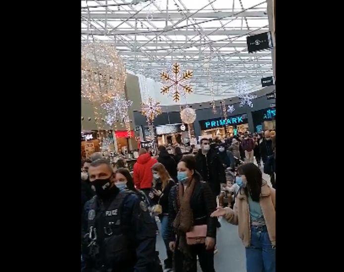 Il y avait foule samedi au centre commercial Rive Gauche à Charleroi