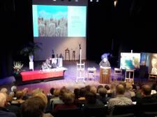 De Wandelgangen in Hilvarenbeek tevreden over kunstveiling in Elckerlyc