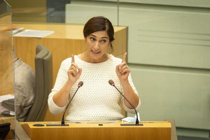 De Vlaamse minister Zuhal Demir spreekt donderdag met haar Nederlandse collega Barbara Visser over de PFAS-lozingen in de Schelde.