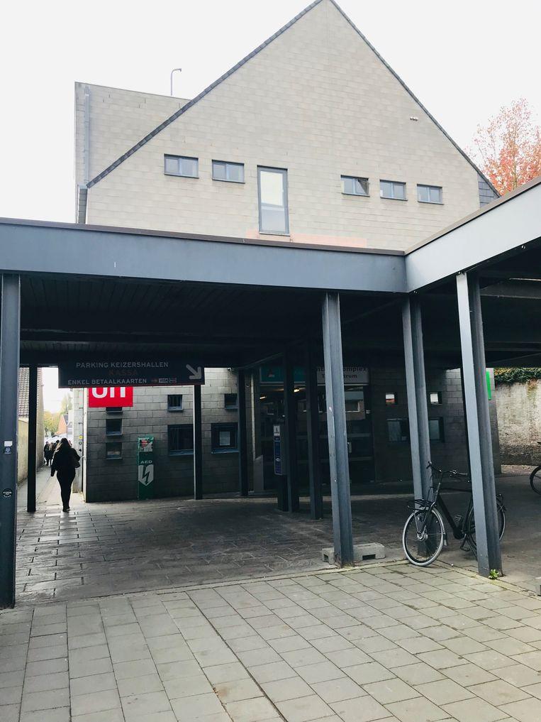 Het pleintje tussen Keizersplein en Keizershalparking.