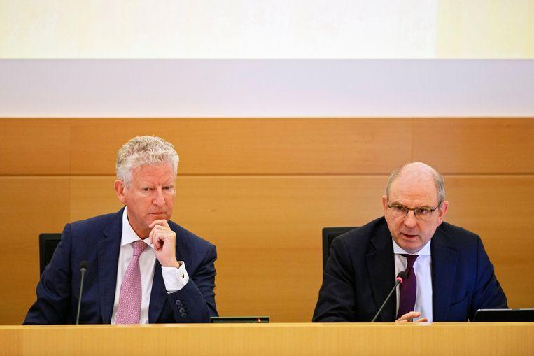 Federale ministers Pieter De Crem and Koen Geens. Beeld Photo News