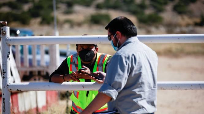 Voor fataal schot Baldwin ging al eerder wapen af op set 'Rust', cameraploeg vertrok om onveilige werksituatie