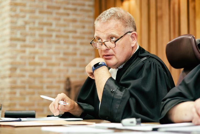 De Rechtbank - VIER - Geert Van Daele
