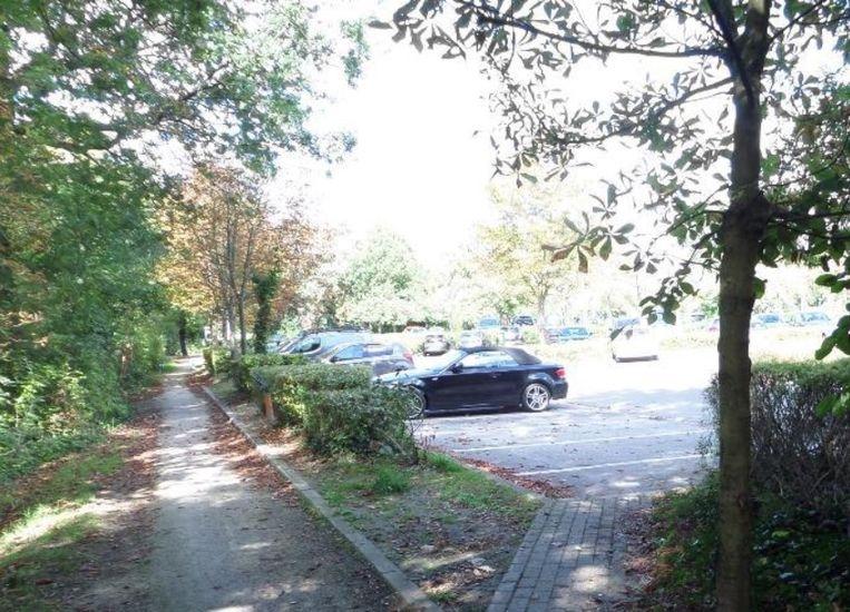 Ook het wandel- en fietspad tussen Kalendijk en zwembad Olympos wordt vernieuwd.