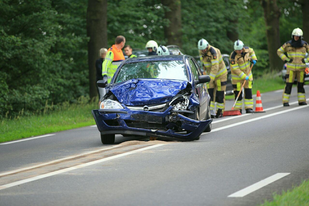 Bij het ongeluk op de N35 ter hoogte van Raalte viel een gewonde.