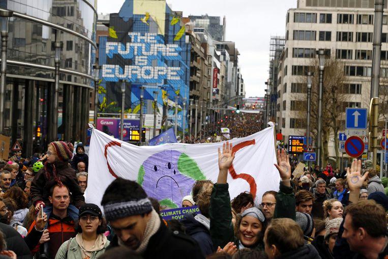 Zo'n 70.000 mensen woonden  de  'Claim The Climate' manifestation in Brussel bij.