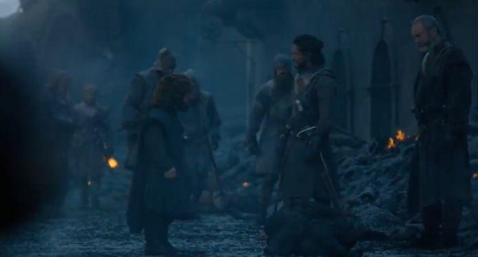 Tyrion trekt er alleen op uit.