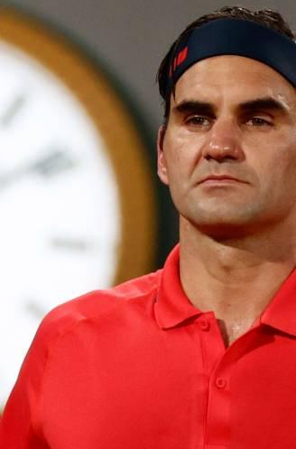 """Federer plaatst zich na marathonpartij voor volgende ronde, maar twijfelt of hij die nog gaat spelen: """"Is dit niet te riskant?"""""""