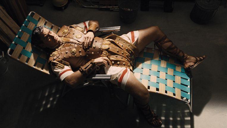 Zoals het een Coenfilm betaamt wordt er iemand terloops gekidnapt. Ditmaal: George Clooney. Beeld rv