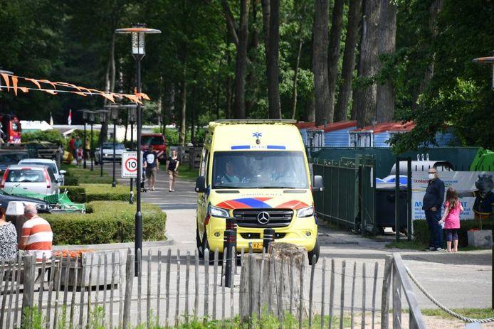 Een ambulance op Marina Beach.