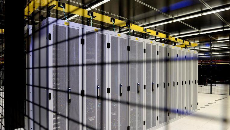 Servers bij Equinix op Science Park Beeld anp