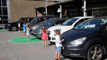 Haal eens je diploma op bij 'drive-in', zoals in Sint-Jan Berchmansschool in Avelgem